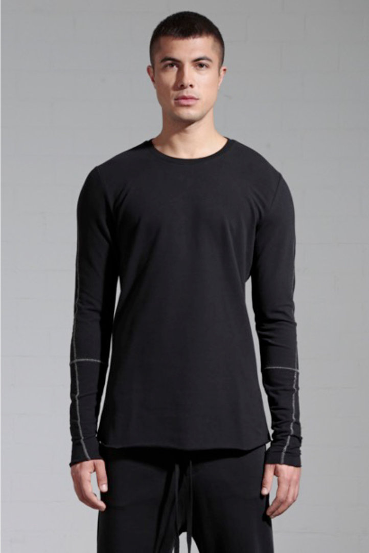THOM KROM BLACK T-SHIRT WHITE SEAMS