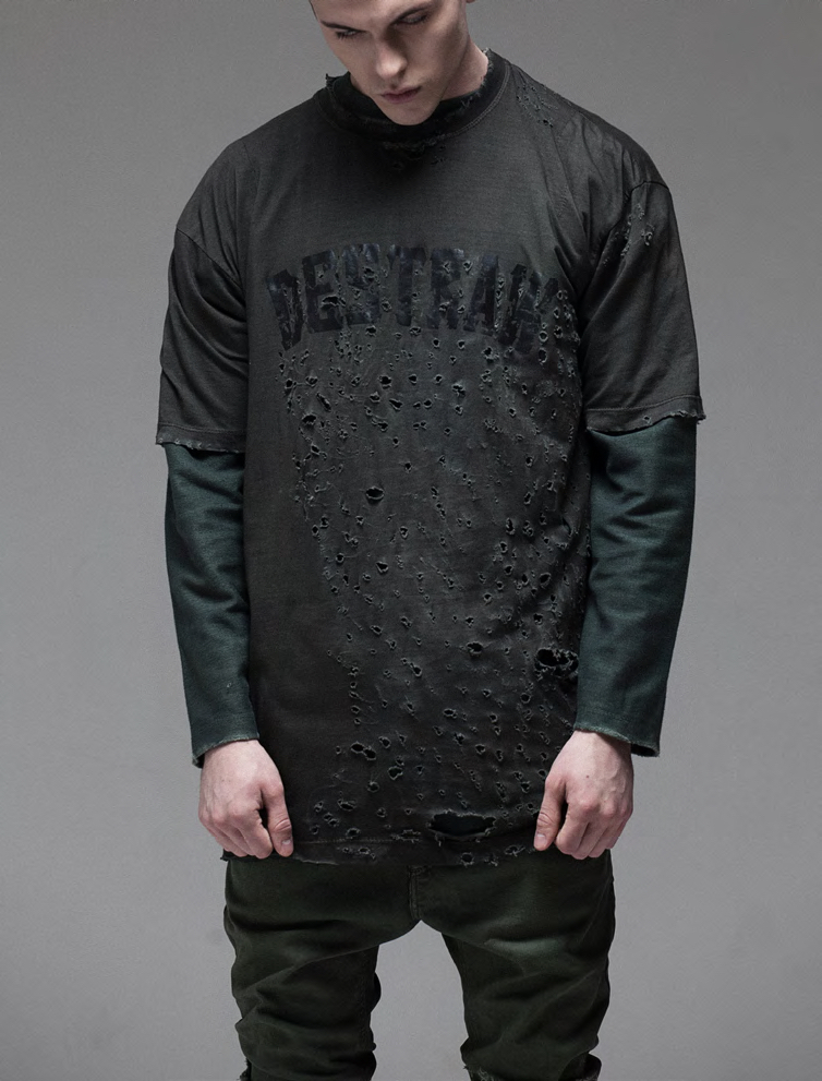 DESTRAW TSHIRT BLACK WITH DISTRESSED HOLES AND TEARS