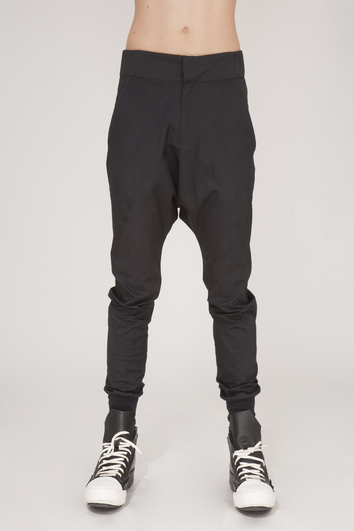 TRAY STYLING DROP CURVE PANTS BLACK
