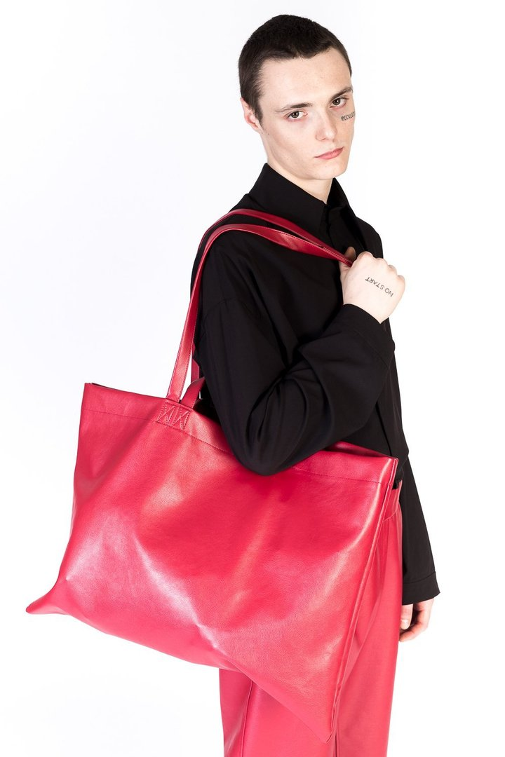 UY STUDIO THE THIEF BAG VEGAN LEATHER RED