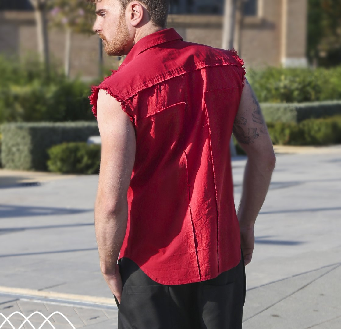 DARK ARMY SLEEVELESS RED SHIRT