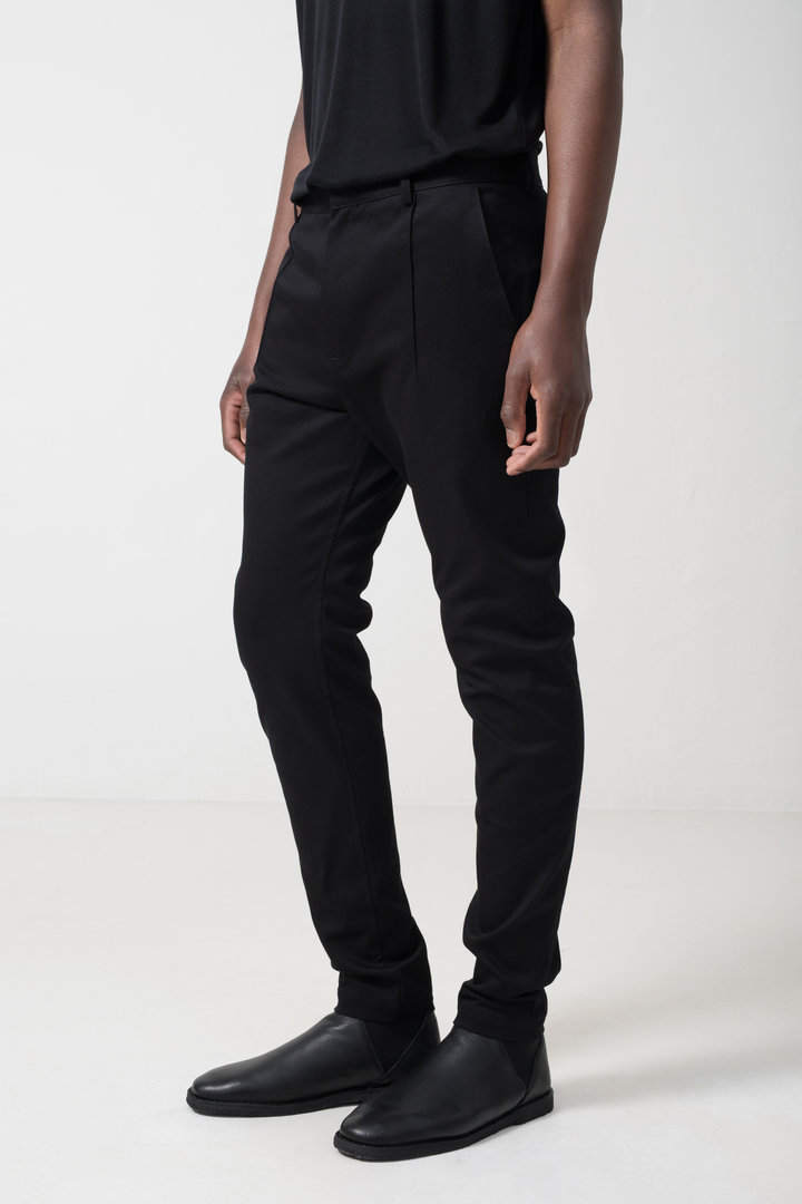 NOMENNESCIO SLIM TROUSERS A