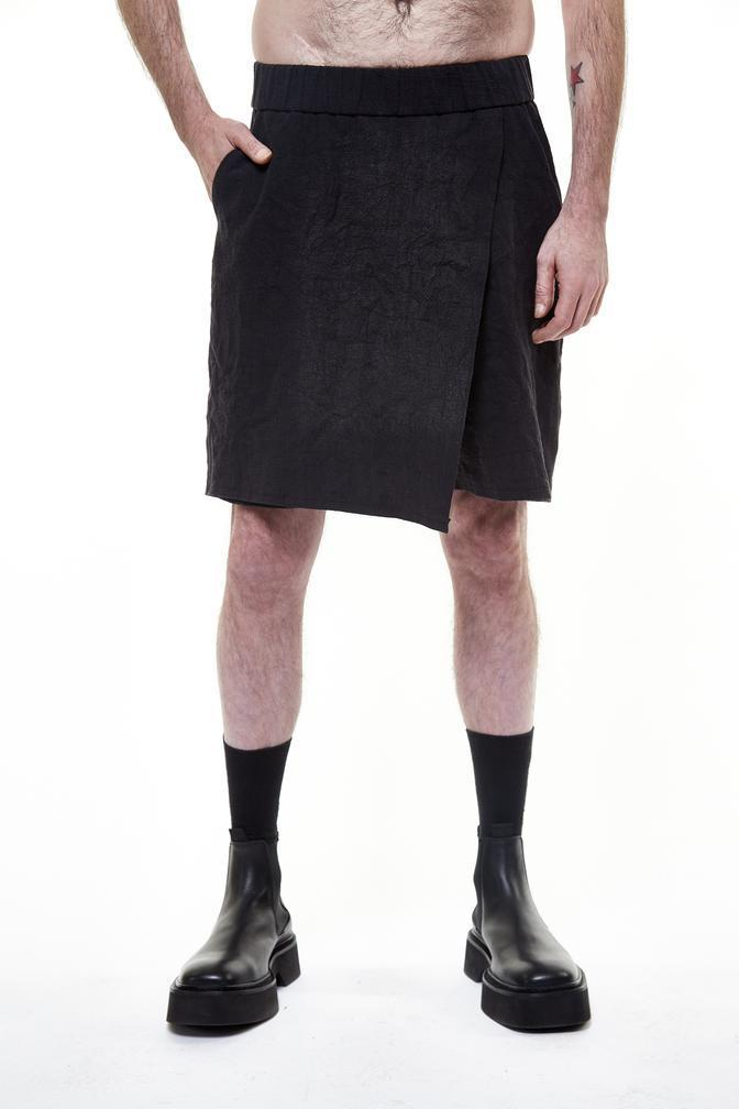 PRE ORDER (ESTIMATED DELIVERY APRIL-15) UY STUDIO CLARS SHORTS BLACK