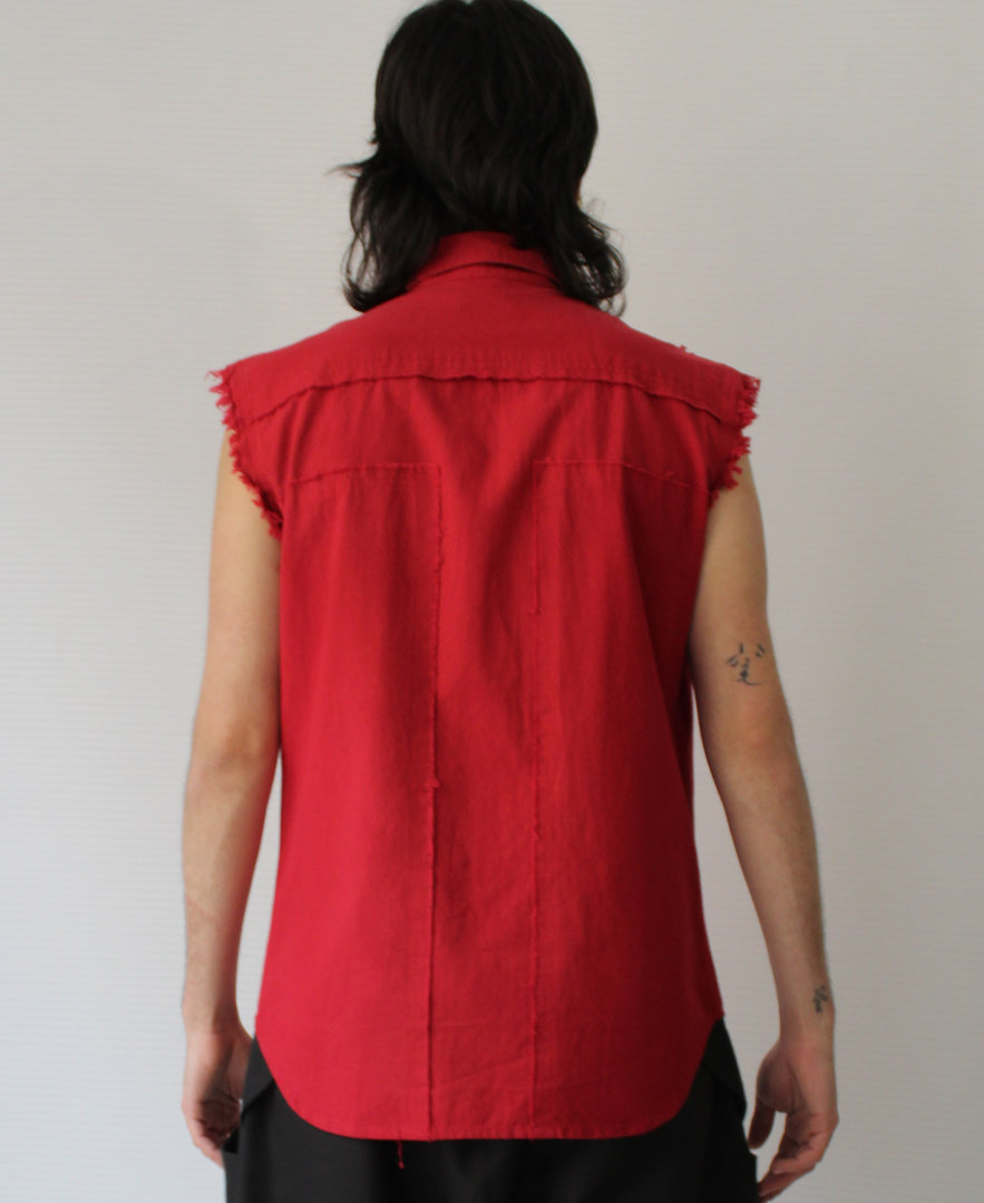 DARK ARMY by Tray Styling  RED SLEEVELESS SHIRT ASTRO